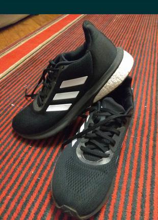 Кроссовки adidas astrarun boost. мужские черные кроссовки adidas.