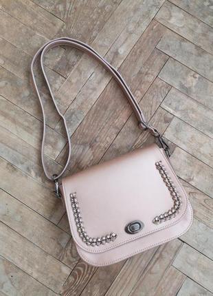 Розовая перламутровая сумка через плечо