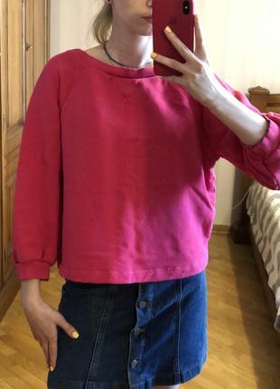 Яркий розовый свитшот