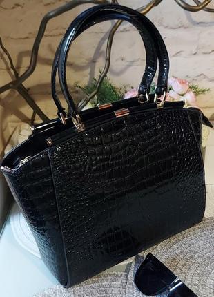 Кожанная сумка karaleva