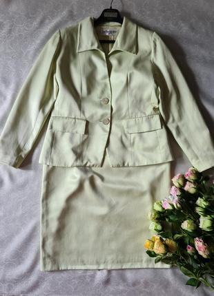 Женский vintage  костюм  yves  saint laurent