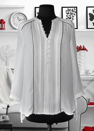 Блуза с черными кантами классическая h&m