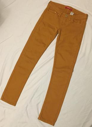 Горчичные узкие джинсы unionbay