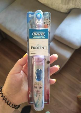 Детские зубные щетки frozen moana oral-b1 фото