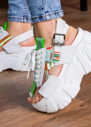 Женские сандалии белые sierra