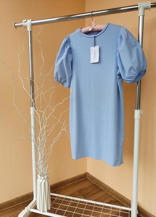 Платье бренда ivyrevel