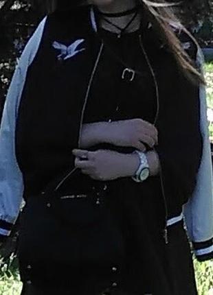 Бомбер курточка женская