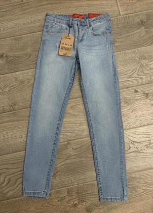 Голубые джинсы jennyfer новые размер s