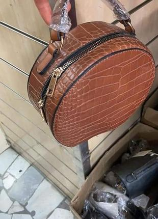 Симпатична кругла сумочка(замінник)/италия3 фото