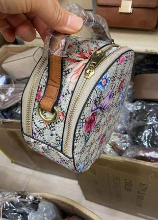 Симпатична кругла сумочка(замінник)/италия5 фото