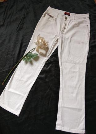 Білі стрейчові жін.штани джинси