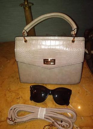 Пудрова зручна сумочка/италия
