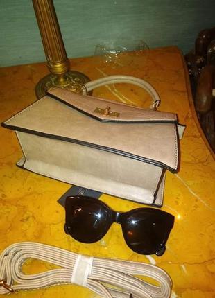 Пудрова зручна сумочка/италия4 фото