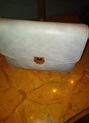 Світленька маленька сумочка(замінник)