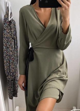 Платье цвета хаки