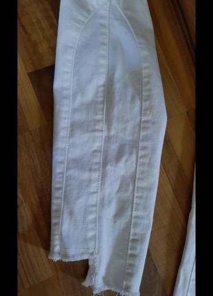 Белые джинсы4 фото