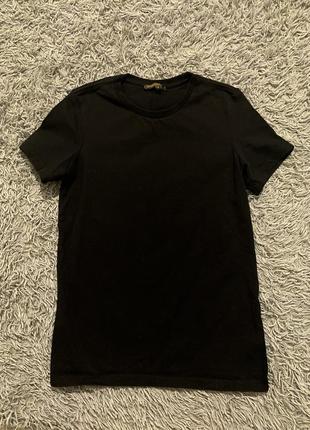 Чёрная классическая футболка louis vuitton