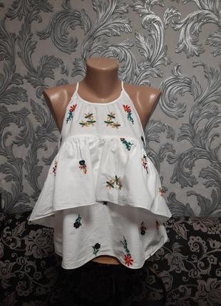 Блузка размер:s   красивая вышитая с открытыми вехом.