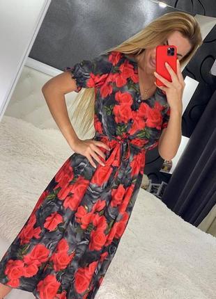 Платье летнее миди с разрезом в принт розы. норма и батал