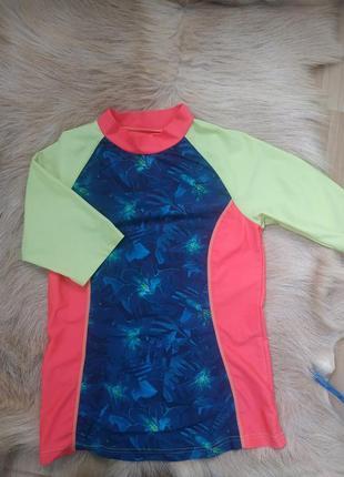 Великий вибір одягу та взуття 👉  водолазка,футболка для плавання