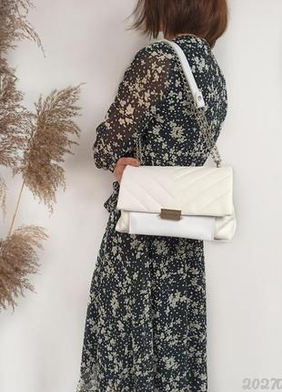 Біла сумочка жіноча стьобана, женская сумка стеганая белая