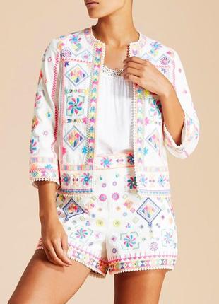 Новые белые шорты с вышивкой,большой размер,этно бохо стиль