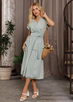 Мятное коттоновое платье на запах с карманами