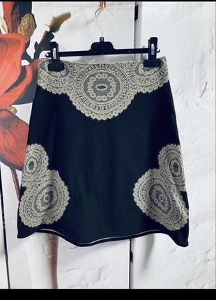 Люкс бренд!шикарная юбка отлично тянется визуально кружево