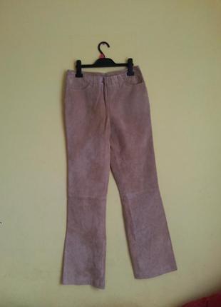 Бежевые брюки из натуральной замшы casual woman