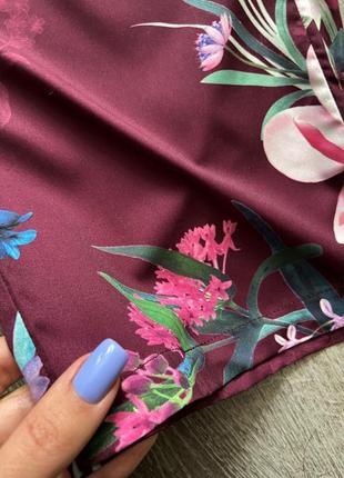 Стильный комбинезон в цветочный принт от дорогого бренда lipsy5 фото