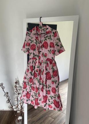 Сукня в трояндовий принт
