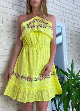 Желтое катоновое платье хлопок в цветы пляжное вышивка