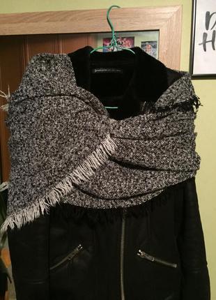 Тёплый 2х метровый шарф stradivarius