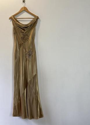 Usa шикарное платье в цвете золота