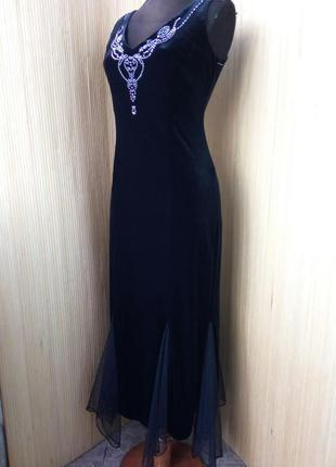 Длинное чёрное вечернее нарядное велюровое платье с открытой спиной из макау dressbarn