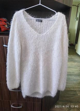 Белоснежный свитер select