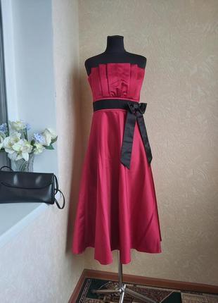 Нарядное платье m&s  8-10  р.