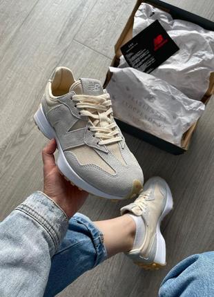Женские кроссовки new balance 327 beige