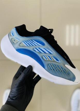 Женские кроссовки adidas yeezy boost 700 v3 36-37-38-39-40-41