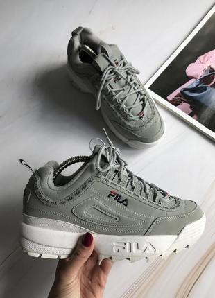Оригінальні кросівки fila