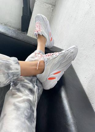 "Кроссовки adidas yeezy boost 700 v2 ""white / orange"""
