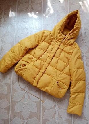 Яркая курточка весна-осень  reserved