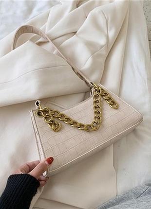 Продам сумку в стиле багет