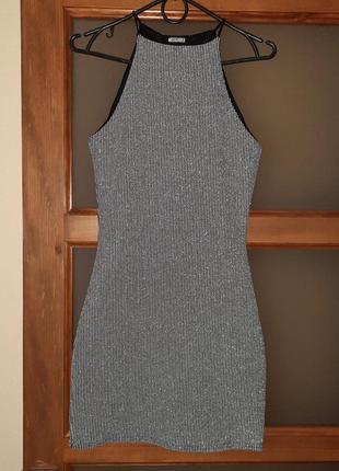 Красива,стильна сукня
