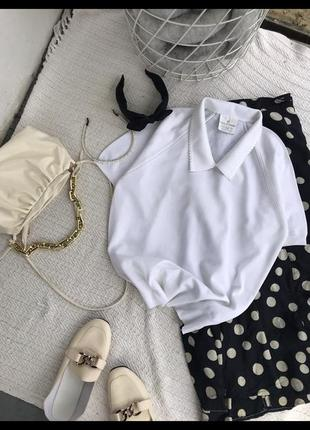 Красивая блуза футболка белая рубашка
