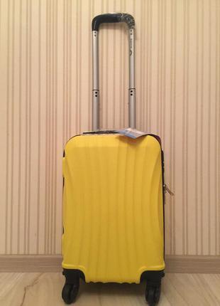 Склад! яркий чемодан gravitt польша валіза на колесах дорожная сумка