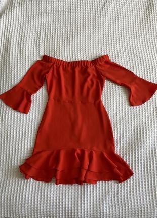 Алое платье topshop с открытыми плечами