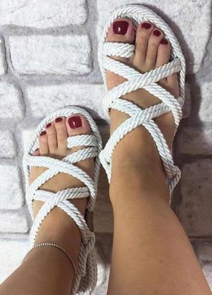 Шикарнейшие летние сандали7 фото