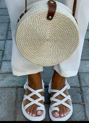 Шикарнейшие летние сандали8 фото