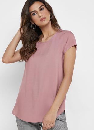 Подовжена футболка veto moda